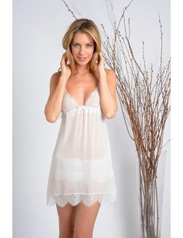 "Samantha Chang White ""Honeymoon"" Lace Cup Chemise - Samantha Chang"