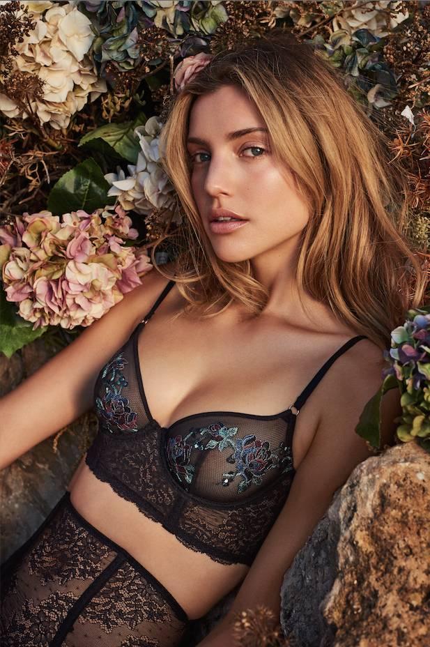 Marie jo Dahlia Non-Molded Longline Floral Embroidered Bra