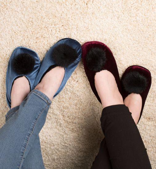H2Z Velvet Pom Pom Slippers