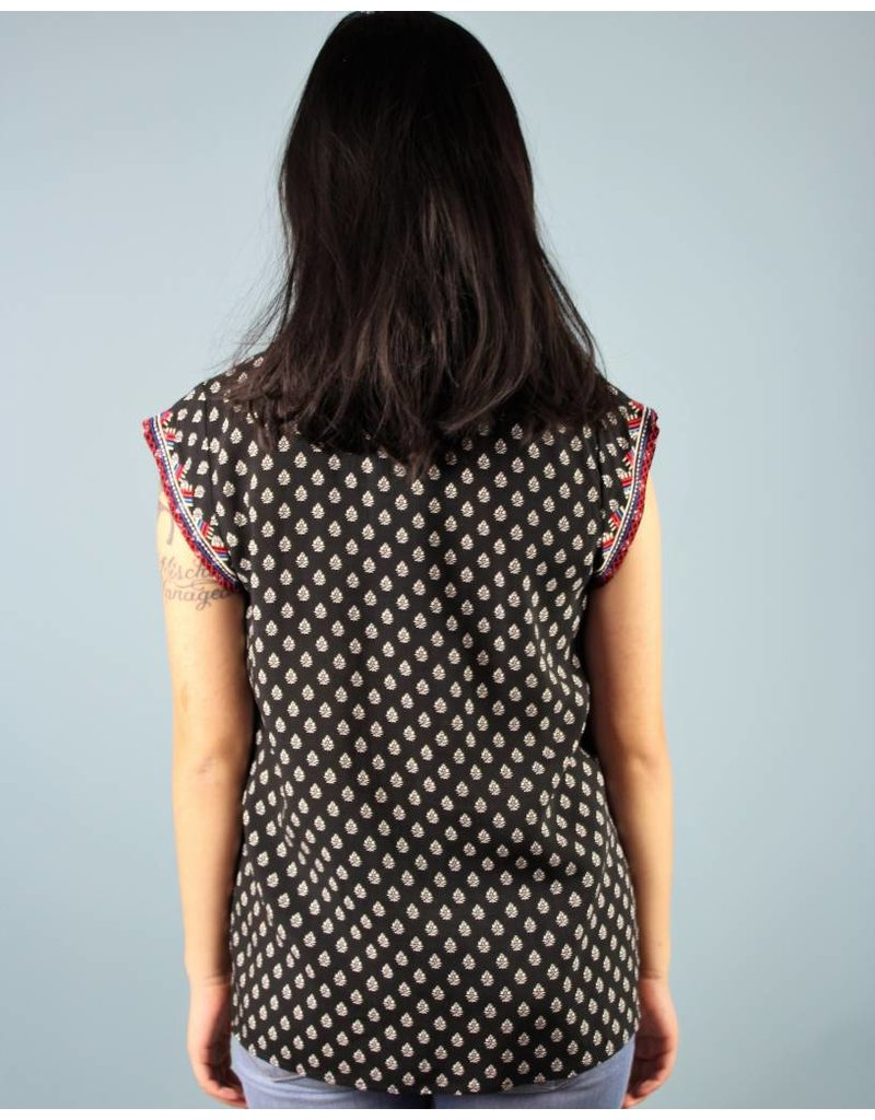 Alexis Embroidered Top - Black