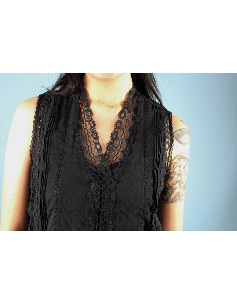 Bishop + Young Danielle Lace Top - Black
