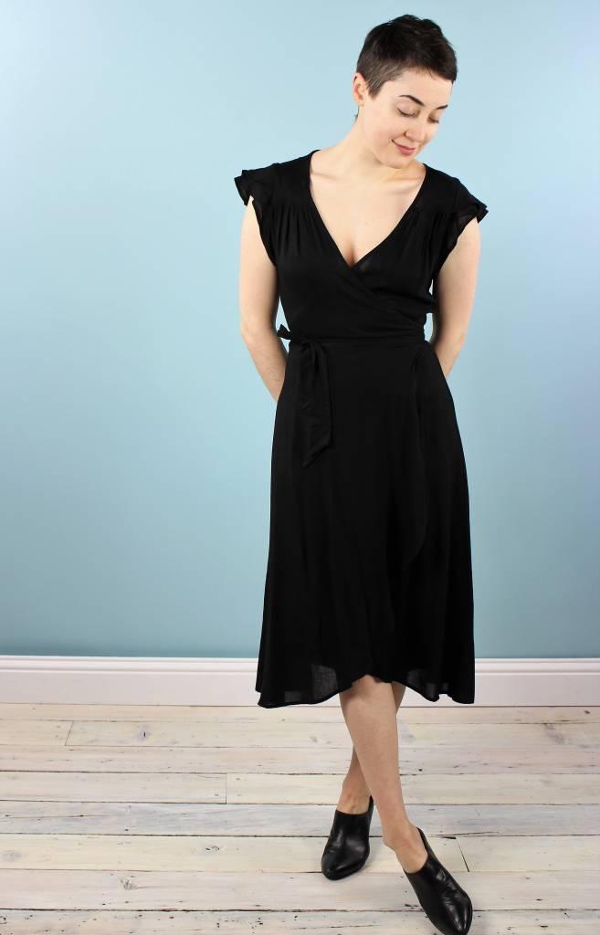 Cameo Ginny Dress - Black