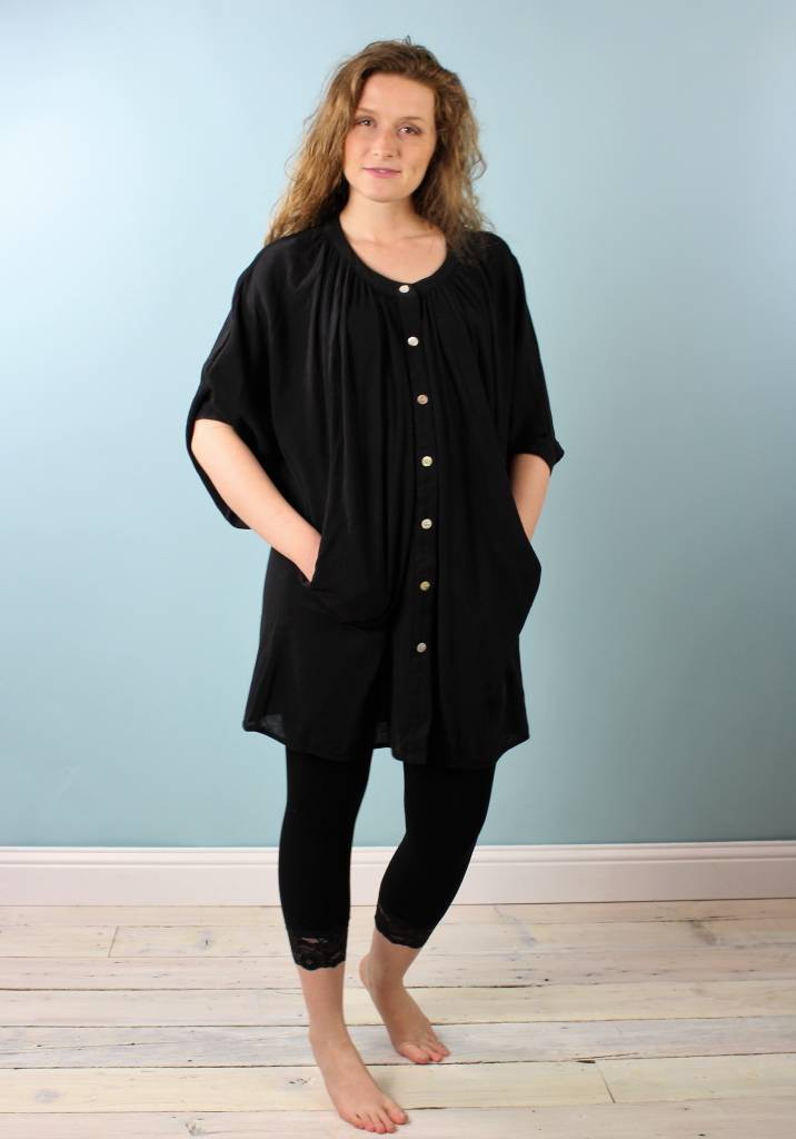 Cameo Circle Dress - Black