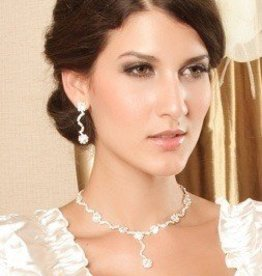 Wavy Flower Rhinestone Necklace & Earring Set
