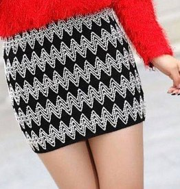 Black & White Knit Skirt Or Top