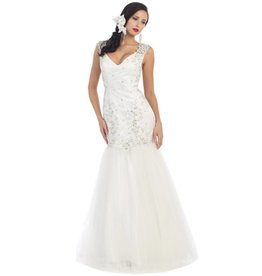 Off-White Beaded Wedding Gown Size 4