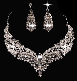Rhinestone & Crystals Necklace & Earring Set