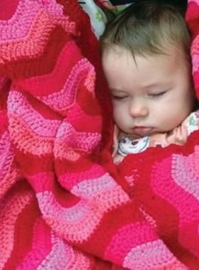 O.B. Designs Ripple Blanket Berry Pink
