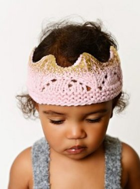 The Blueberry Hill BHADPKG Aiden Crown Pink w Gold