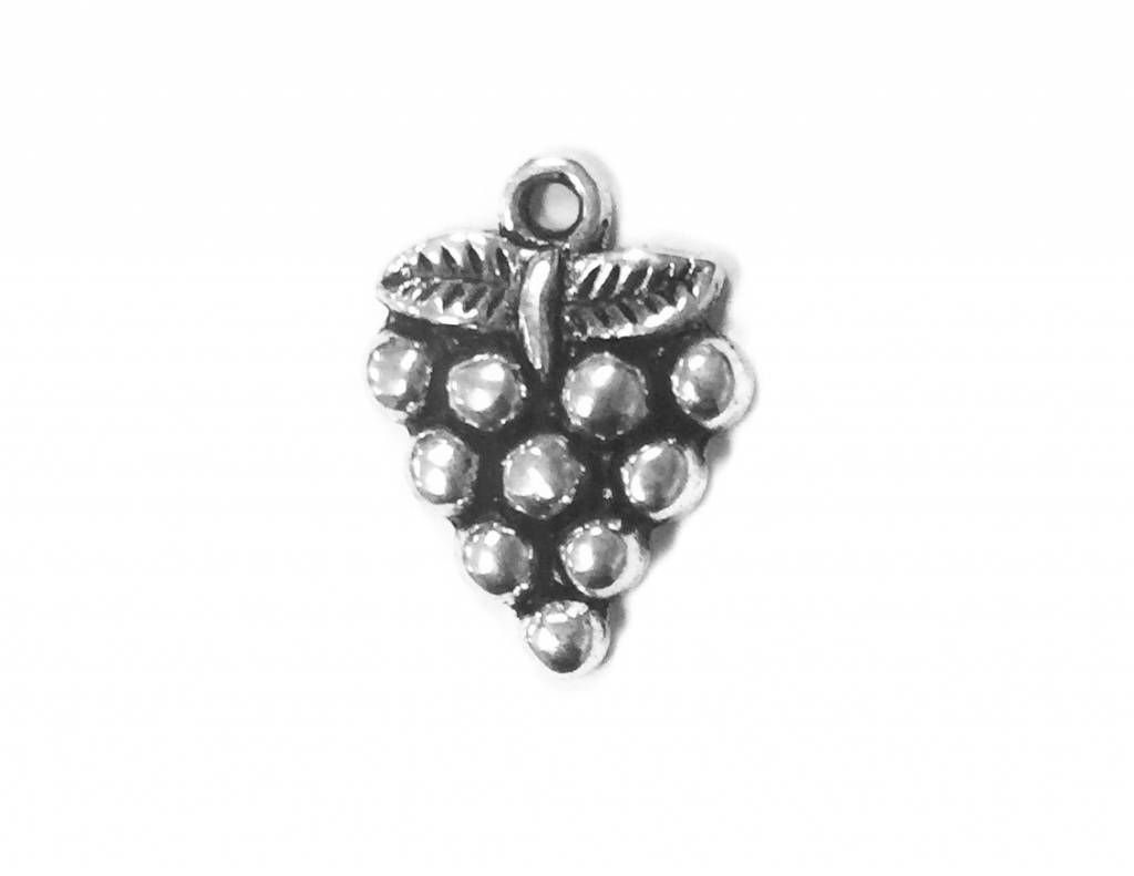 Realistic Grape Cluster Metal Charm