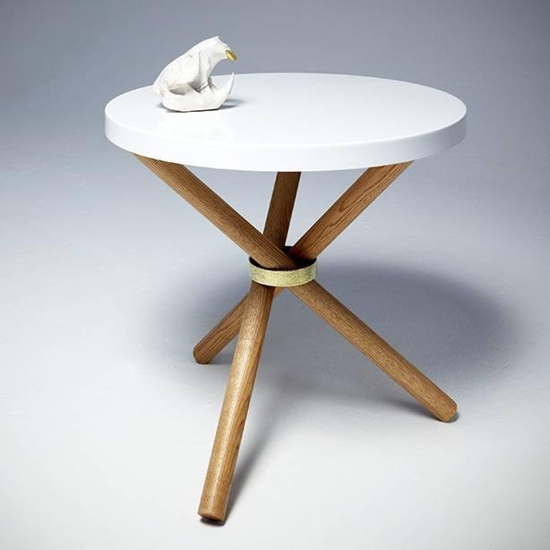 Tri-pod Table