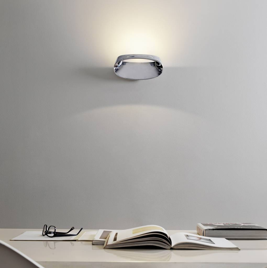Bonnet Wall Lamp