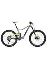 Giant Trance 2 Gris
