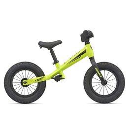 Giant Pre Push Bike Jaune