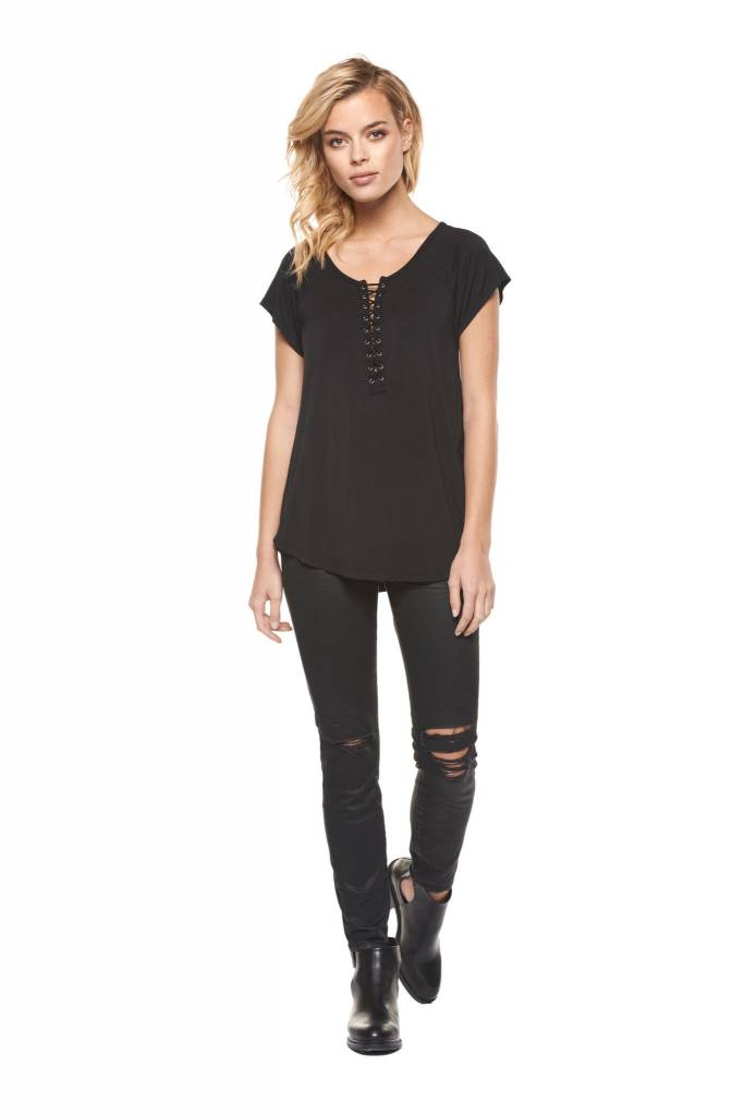 DEX CLOTHING S/S LACE UP FRONT TEE 1024021