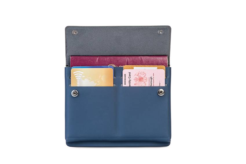 Pacsafe RFIDsafe™ TEC passport wallet