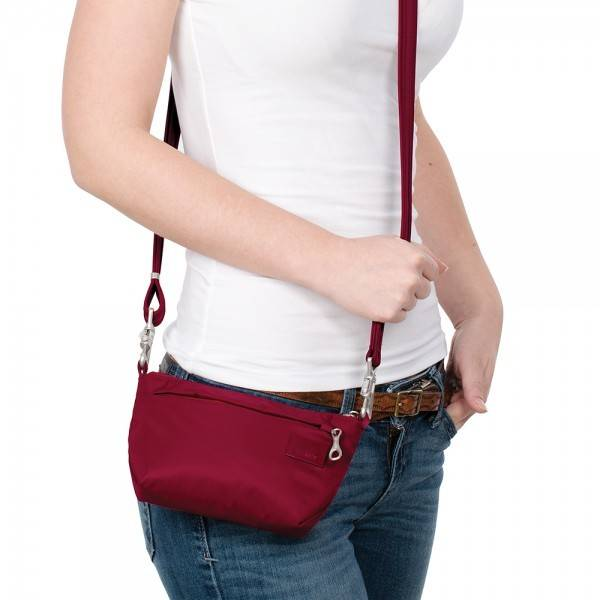 Pacsafe Pacsafe Citysafe CS25 Anti-Theft Cross Body & Hip Purse