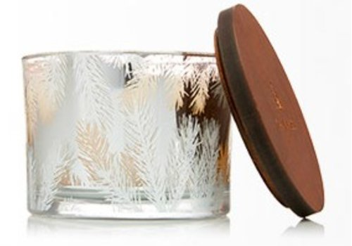 THYMES Fraiser Fir Candle, Medium Statement Pine Needles