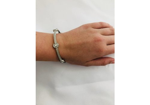 S&A Jewelry Crystal Bangle