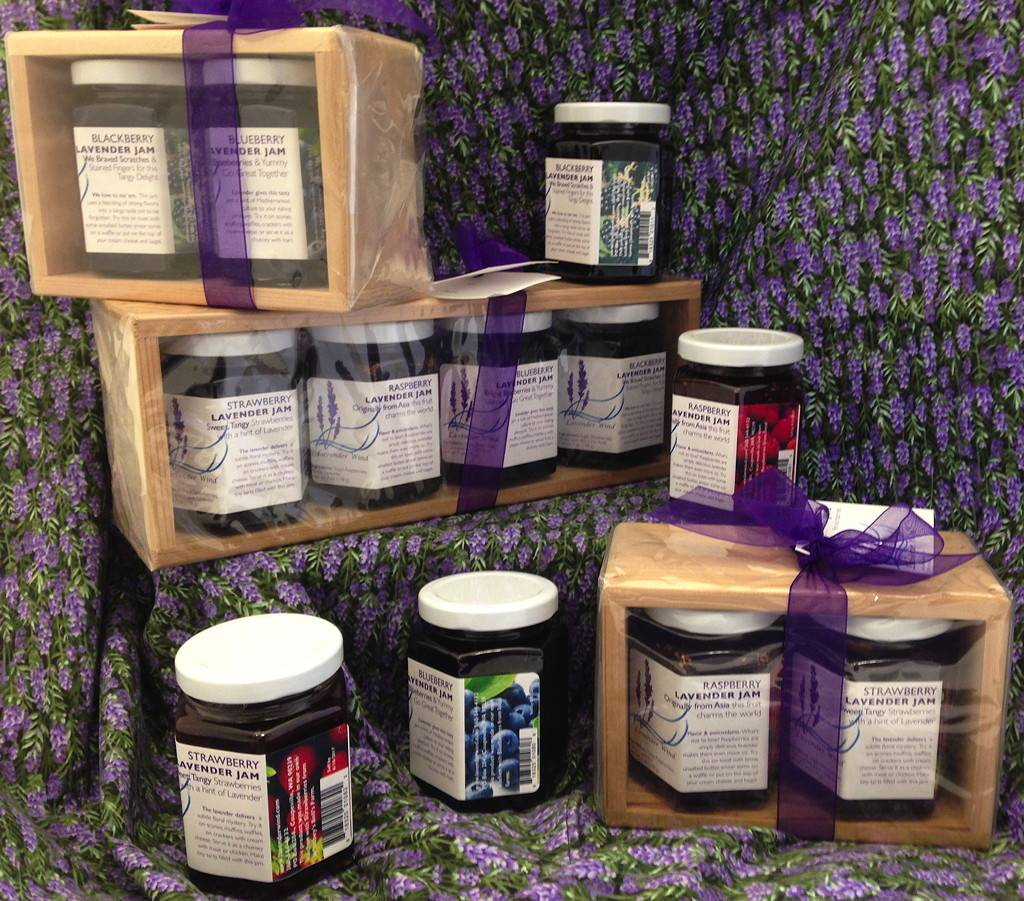 Lavender Wind Wood Gift Set - Raspberry & Strawberry Jam