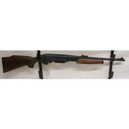 Remington UG-11140 USED Remington 7600 Carbine .30-06 Springfield w/ Original Box and Extra Magazine (unfired)
