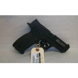 UHG-6213 USED Smith and Wesson M&P22 .22LR Black Finish w/ 4 Magazines