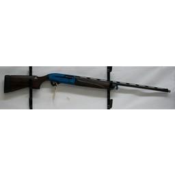 "Beretta UG-12243 USED Beretta A400 Excel 12 Gauge 3"" 30"" Barrel w/ Kick Off, Gun Pod, and Original Case"