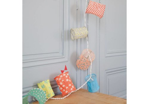 Mimilou Summer Light Garland
