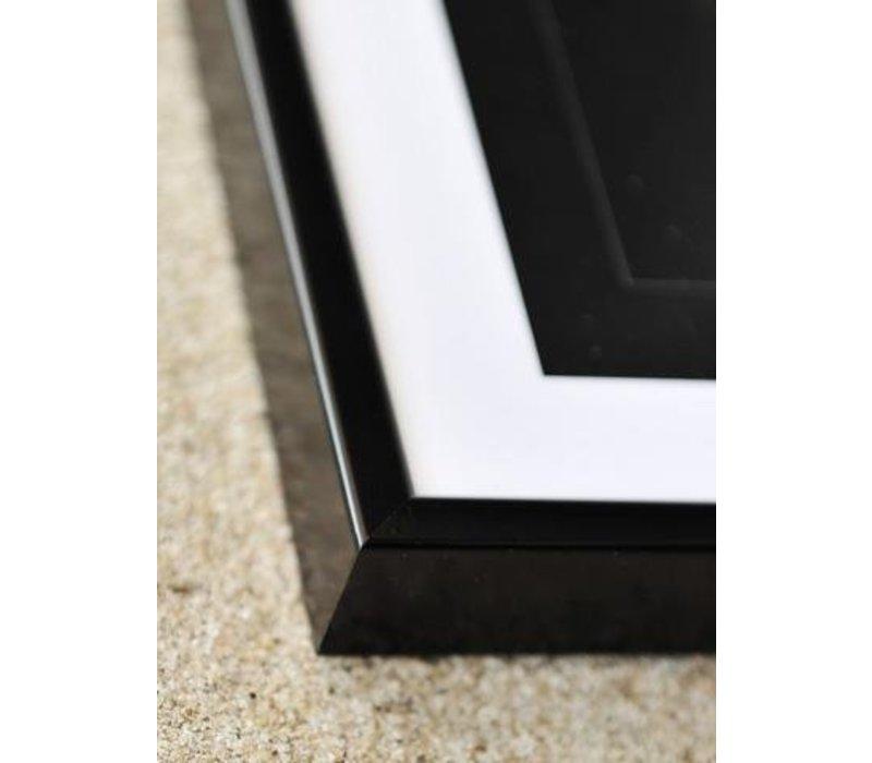 Black Frame (30 x 40 CM)