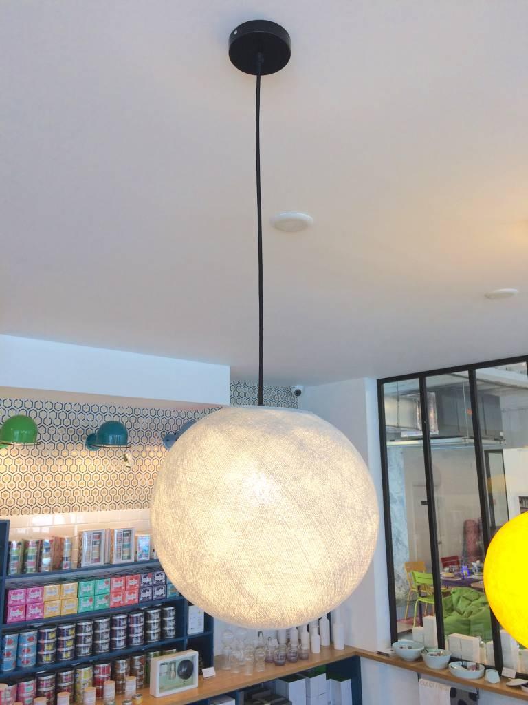 la case de cousin paul medium globe pendant light. Black Bedroom Furniture Sets. Home Design Ideas
