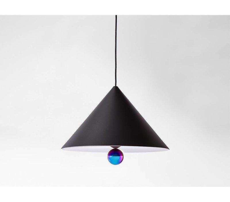 petite friture lamp petite friture with petite friture lamp latest la petite friture vertigo. Black Bedroom Furniture Sets. Home Design Ideas
