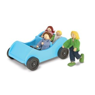 Melissa & Doug Road Trip! Wooden Car & Pose-able Passengers