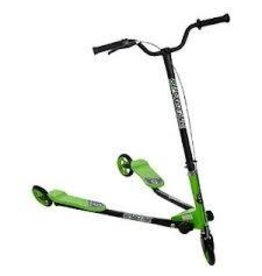 Active Play Toys and Games Inc Sporter 3 Scooter Green
