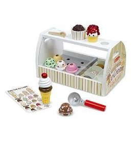 Melissa and Doug Melissa and Doug Scoop and Serve Ice Cream Counter