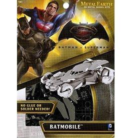 Fascinations Fascinations Metal Earth Batman vs Superman
