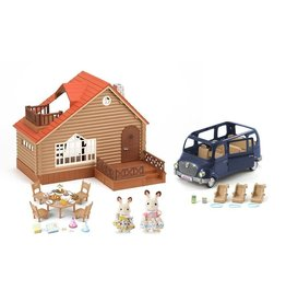Epoch Everlasting Play Calico Critters Lakeside Lodge Gift Set