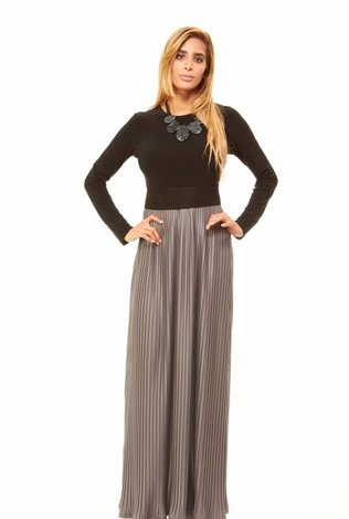Bella Donna Pleated Skirt Maxi Dress