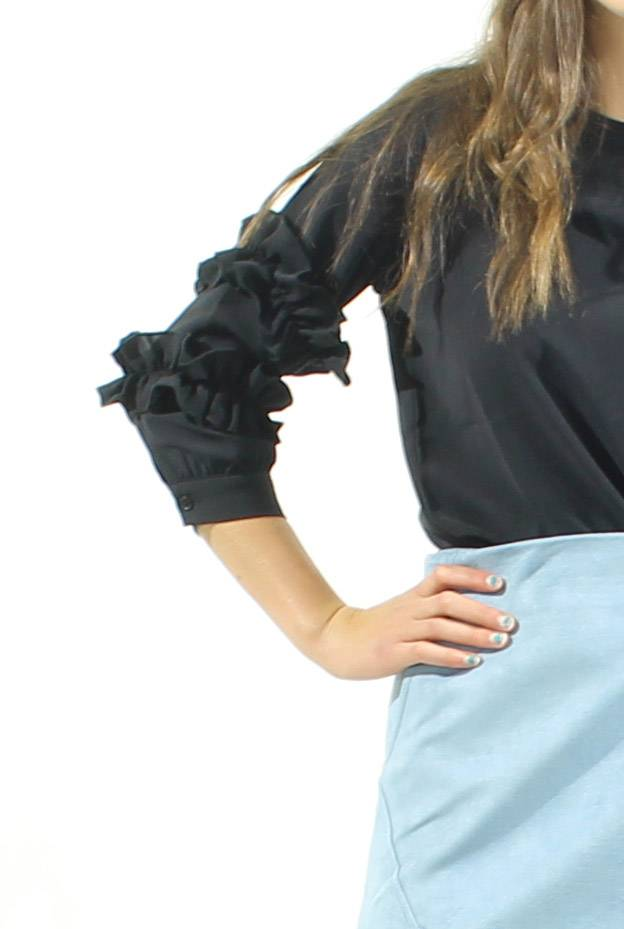MW Ruffle Arm Top