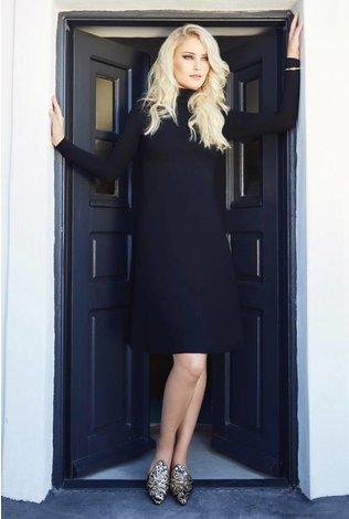 Pashmina Pashmina Turtlneck Swing Midi Dress