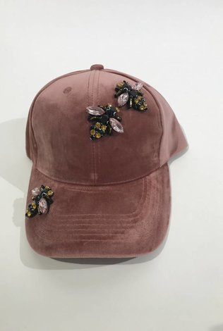 Mauve Velvet Bee Cap
