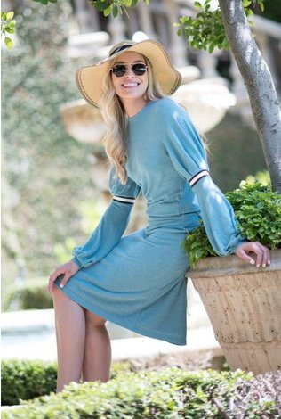 Ricciel Blue Bubble Sleeve Set