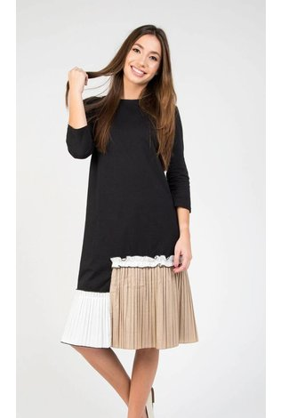Static Leveled Pleated Bottom Dress