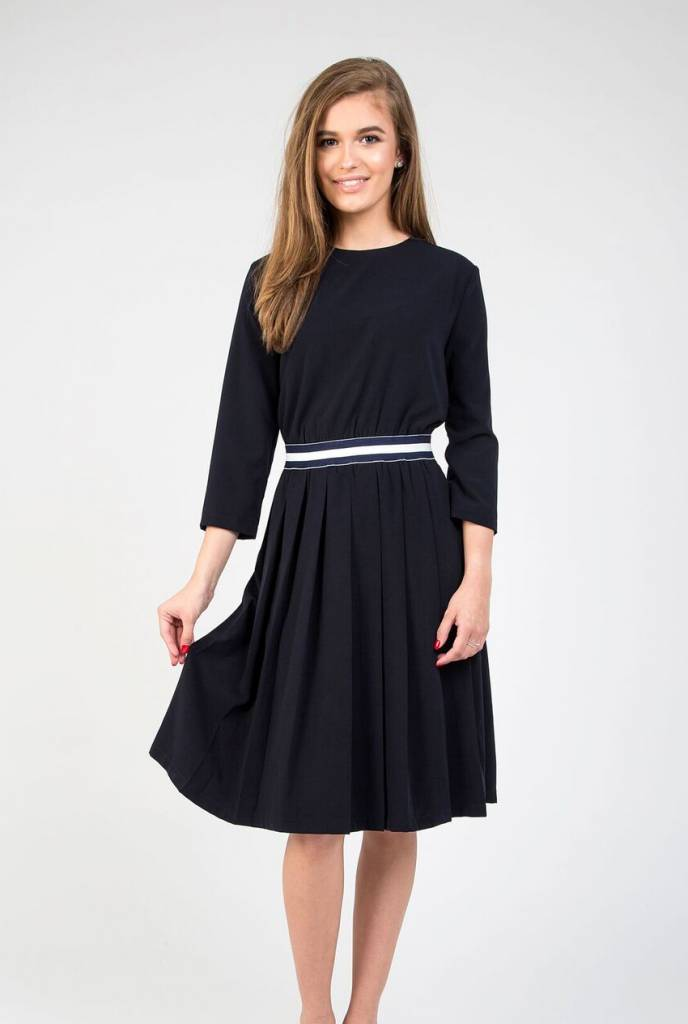 Static Pleat Botton Stripe Waist Dress