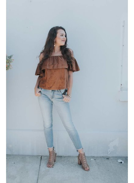 CUPCAKES & CASHMERE JENNINGS FAUX SUEDE OFF SHLR TOP