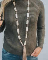 MARE.SOLE.AMORE MAIMI NECKLACE #8 BEIGE