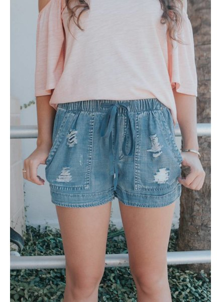 laju PULL ON DISTRESSED DENIM SHORT
