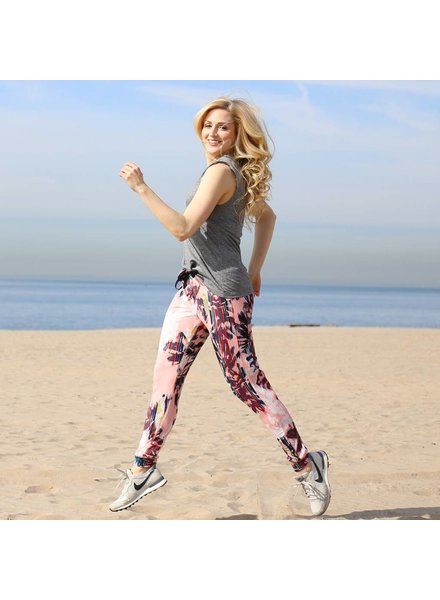 Alexis Mera Sport Your Coral Joggers