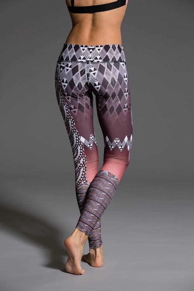 Onzie Tanzania Legging