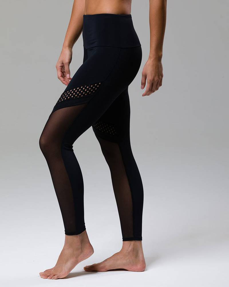 Onzie Black Chrome Legging
