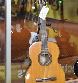 Yamaha (used) 1960s Yamaha Nippon 100 Classical Guitar w/ Hard Case